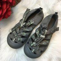 Keens Women's Glow in the Dark Gray Newport Water Shoes Sandals Size 4