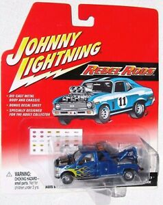 JOHNNY LIGHTNING REBEL RODS 2000 FORD F-250 TOW TRUCK rr w/BLOWER