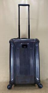 "Preowned TUMI 28020 VAPOR International 20"" Carry On 4 Wheel Spinner Suitcase"