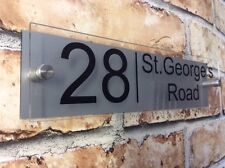 MODERN HOUSE SIGN PLAQUE DOOR NUMBER / NAME GLASS AND ALUMINIUM EFFECT 300x75mm