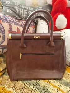Womens 100% Genuine Italian Leather Top Handle Satchel Shoulder Handbag - Small