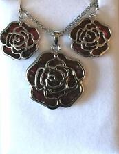 Wunderschöne intarsierte Abalone-Muschel rote Rose Halskette & Ohrringe Set NEU in Box