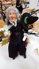 '17 Byers Choice Open House Halloween Witch on Rocke Exclusive Caroler Signed JB