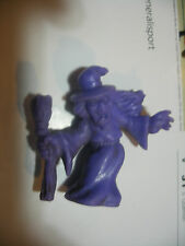 MATCHBOX panini Monster In My Pocket  n° 44 WITCH Sorciere purple violet
