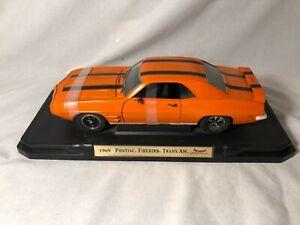 Road Signature 1969 Pontiac Firebird Trans Am Orange 1:18 Diecast (Barnfind)