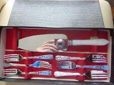 VINTAGE Cake - Tea Knives Set Boxed UNUSED STAINLESS STEEL SHEFFIELD