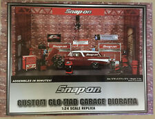 Snap-On Glo-Mad Garage Diorama 1:24 Scale NEW