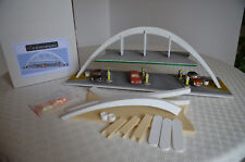 """DIORAMA - MAQUETTE  - STATION SERVICE """"L'ARCHE 60""""  -  BY TENNESSY  1/43éme"""