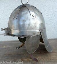 Unbekannte Helm? Mittelalter vermutlich polnische Flügelhusar