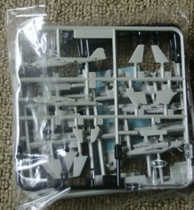 1/350 Trumpeter A-6 Intruder model kit for aircraft carrier (6 in pack) used
