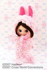 Takara Tomy CWC Limited 1 12 11cm Petite Blythe Doll Honey Bunny a9d8582a1