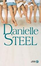 Des Amis Si Proches by Danielle Steel (2014, Paperback)