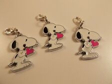 SNOOPY DOG WITH PINK HEART PEANUTS ENAMEL clip on charm for charm bracelets