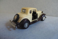 YATMING - Automodell - Nr. 8501- Ford Coupe -- Braun Beige -