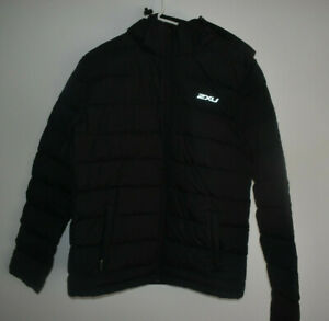 2XU Men's Size Medium 100% Polyester Black Insulation Jacket Hoodie Activewear