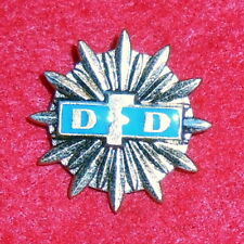 XM26 East German youth party badge, for excellent performance