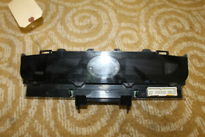 2005-2007 INFINITI G35 COUPE CENTER DASH TEMPERATURE CLOCK DISPLAY K8050