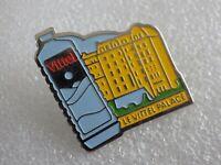 Pin's vintage collector pins collection publicitaire Eau Vittel palace LOT PG114