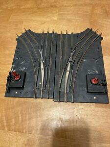 """027"" Lionel Train PAIR of 1022 Left Right Manual Switch Tracks w/Red Flags"