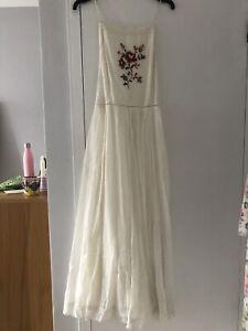 Kimchi Blue Brand New Embroidered Cross Back Dress Size Large