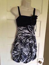 Regular Size Sleeveless Polyester Quiz Dresses for Women