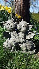 Süsse Gartendrachen küssen sich Gartenfigur Drachen Figur Figuren Garten küsst