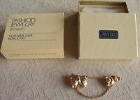 """Vintage 1982 Avon """"MOTHER'S LOVE: KOALA & JOEY"""" Goldtone Brooch Stick Pin - NEW!"""
