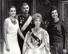 "Constance Towers ""ANYA"" Lillian Gish / Irra Petina 1965 Broadway Press Photo"