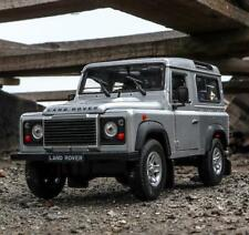 Welly 1:24 Land Rover Defender Diecast SUV Model Car in Box White