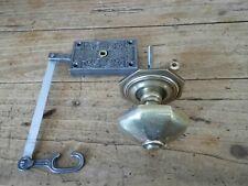 Ancienne serrure porte d'entrée et poignée bronze, targette verrou heurtoir