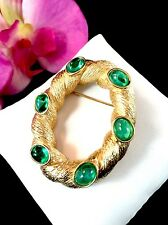 RARE CROWN TRIFARI EMERALD GRIPOIX GLASS CABOCHON MOGHUL INDIA COILED BROOCH