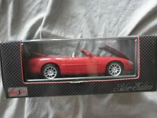 Maisto 1998 Jaguar XKR red die cast metal car 1.18 scale