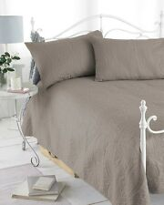 3PC EMBOSSED QUILTED BEDSPREAD SET THROW W 2 PILLOW SHAMS 240X260CM DOUBLE/KING