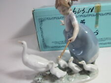 """Lladro Figurine # 01005503 """"Hurry Now"""" Collectible Mint In Orginal Box"""