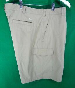 NIKE Golf Dri Fit khaki golf shorts 42 cargo