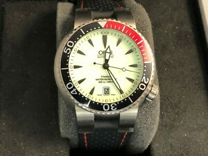 Used Oris TT1 Swiss Made Automatic Rubber Strap Full Lume Dial Watch 7562