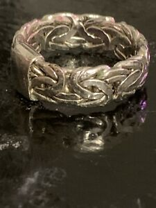 Buckle style Ring Sterling Silver Size 8.5