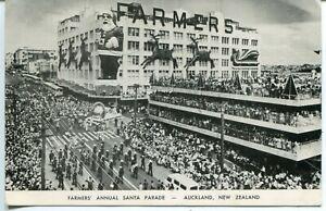 New Zealand NZ Auckland - Farmers Annual Santa Clause Parade old postcard