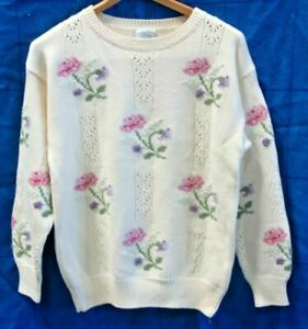 Laura Ashley Sweeter 100% Pure New Wool/Pure Virgin Wool Made in HK