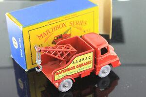 Matchbox Series A  Lesney No. 13 Wreck Truck Matchbox Garage Original Box 1950's