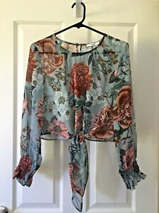Beautiful SHEIKE Multicoloured Floral Long Sleeve Women`s Blouse Top SIZE 6-8