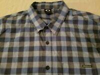 Mens Oakley Dress Shirt L Large Blue Button Cotton