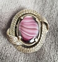 VINTAGE MIRACLE GLASS PINK PURPLE BANDED AGATE OVAL SCOTTISH PIN BROOCH