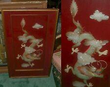 Rare Années 1950 encadrée Grand Dragon chinois antique belle NACRE 1900-1940