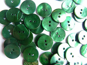 AKOYA SHELL (MOTHER OF PEARL) BUTTONS DARK GREEN 15 mm