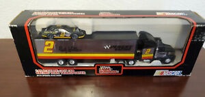Rusty Wallace 1992 Pontiac Excitement #2 Racing Champions 1/64 Transporter