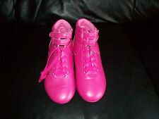 ***LOOK***NEW HOT PINK TRAINER BOOTS SIZE 4/37 LADIES***