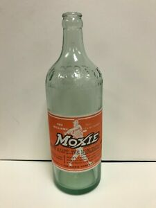 Rare, desirable MOXIE Bottle with TED WILLIAMS Paper label Boston Red Sox 26 oz.