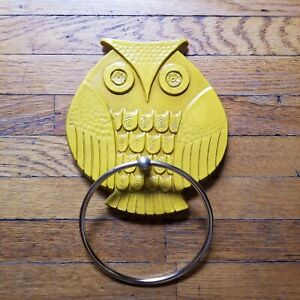 Vintage 1960s Mid Mod Syroco Owl Towel Holder Yellow Owl Brass Ring