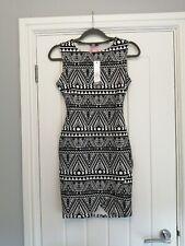 Lipsy London Aztec Black and white Print Bodycon Dress Size 8 BNWT RRP £45.00